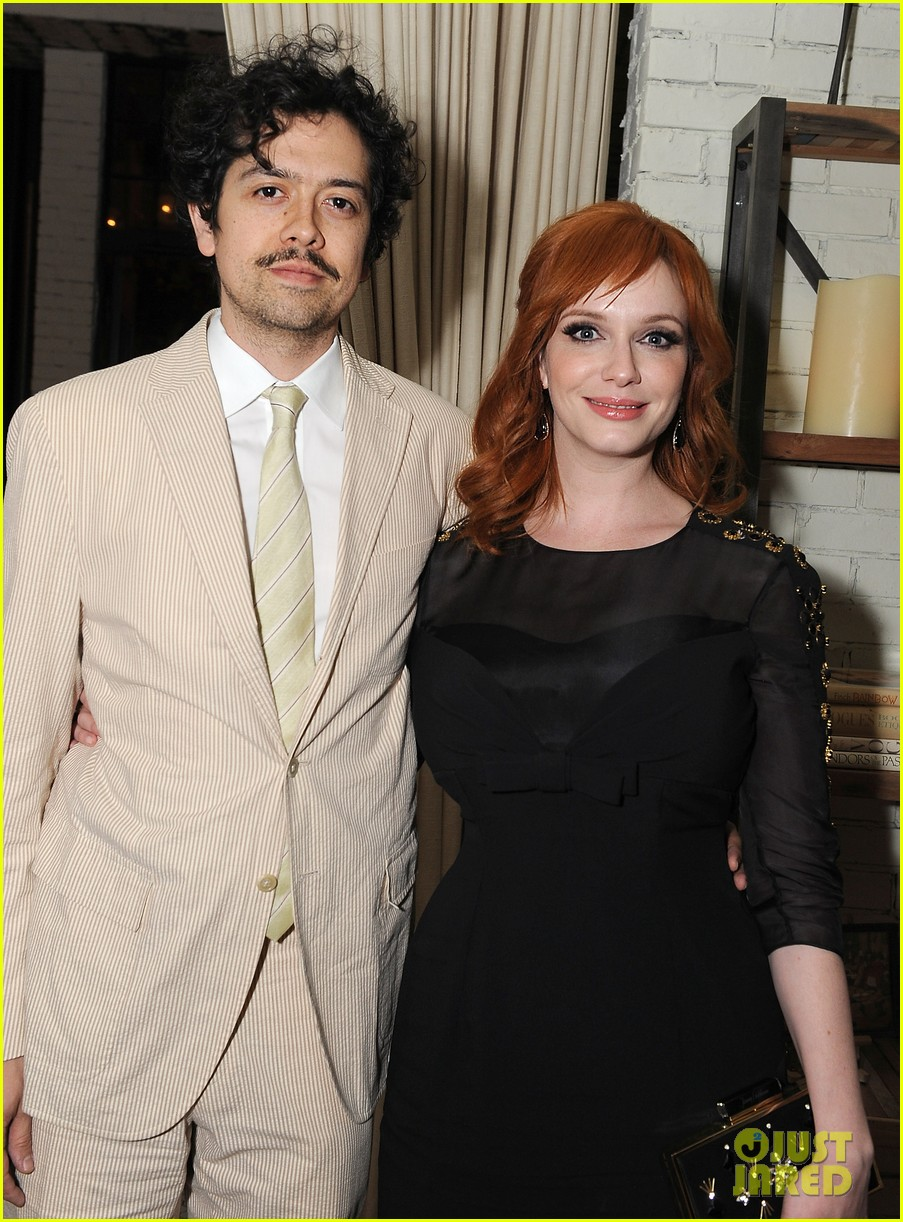 christina hendricks receives loads of support from mad men cast 08