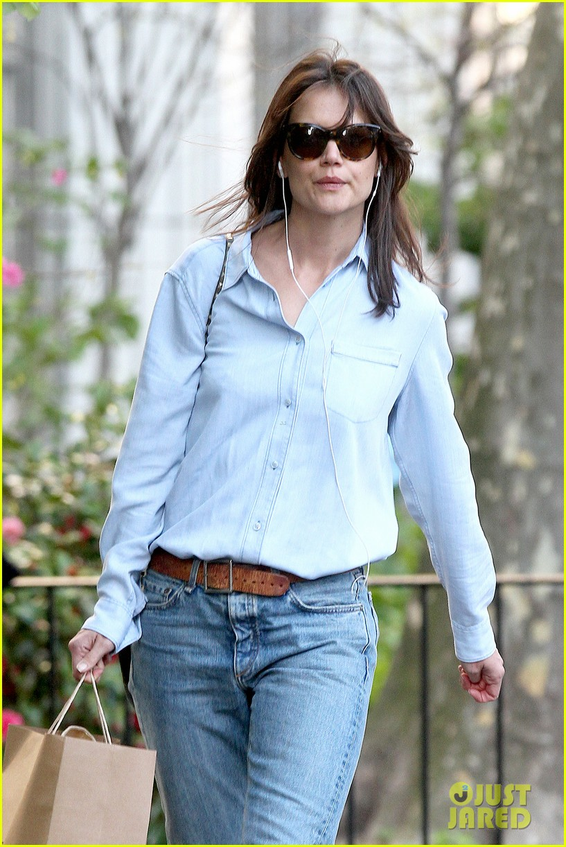 katie holmes inspires in interviews with empowering women for in short 04