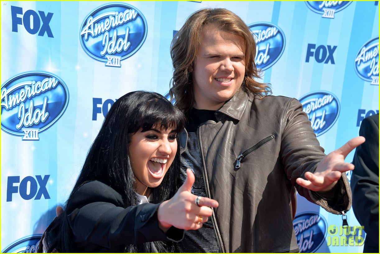 jena irene caleb johnson walk red carpet before american idol finale 08