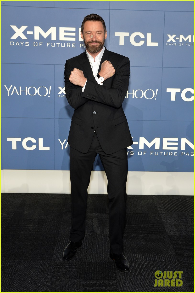 hugh jackman wears bandage on nose to x men premiere 093110320