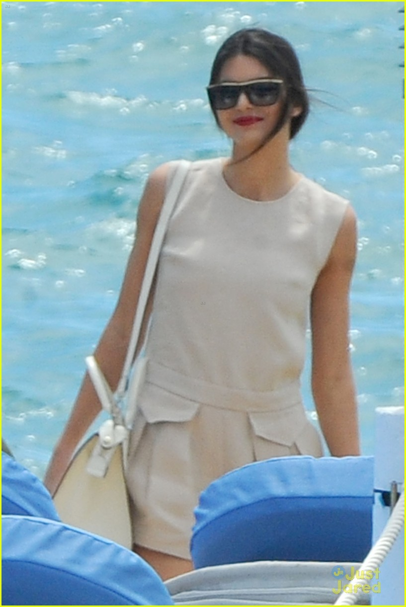 kendall jenner cannes shoot boat 073114513