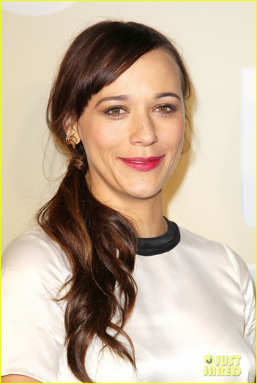 rashida jones tbs tnt stars celebrate upcoming seasons at upfronts 173113231