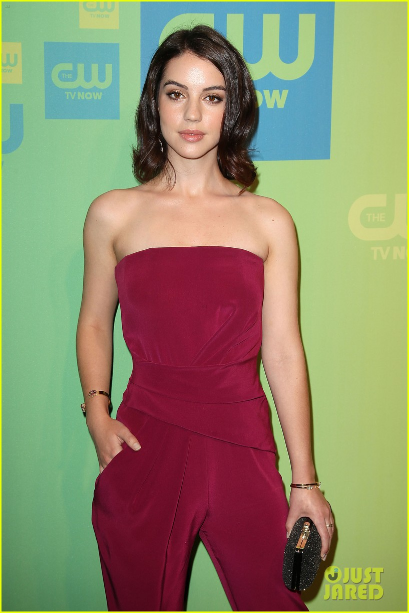 adelaide kane reigns supreme at cw upfront 2014 06