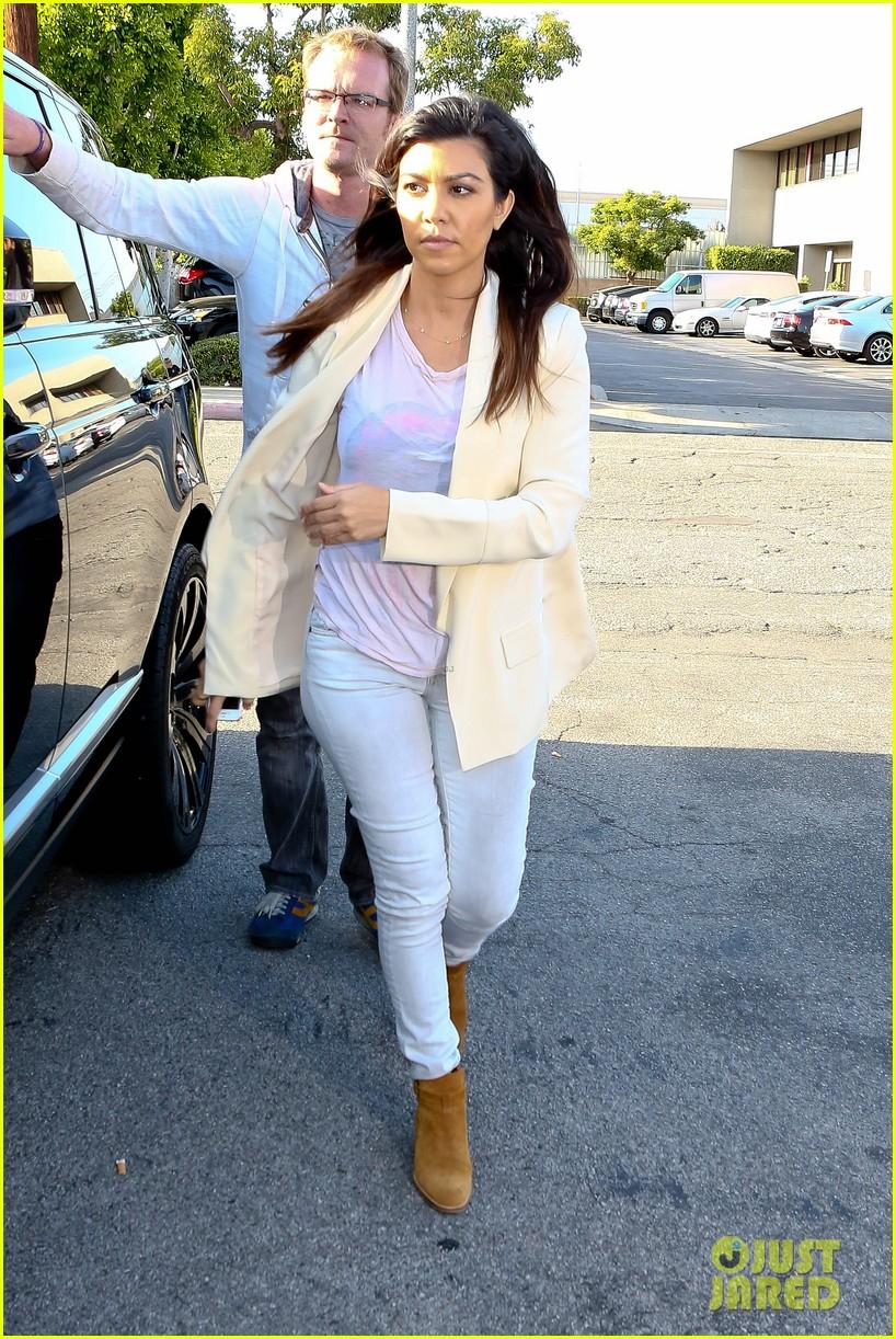 kim kardashian usc shoah foundation gala 05