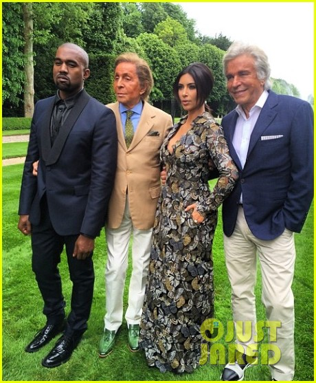 kim kardashian kanye west celebrate pre wedding lunch with valentino her entire family 013120544