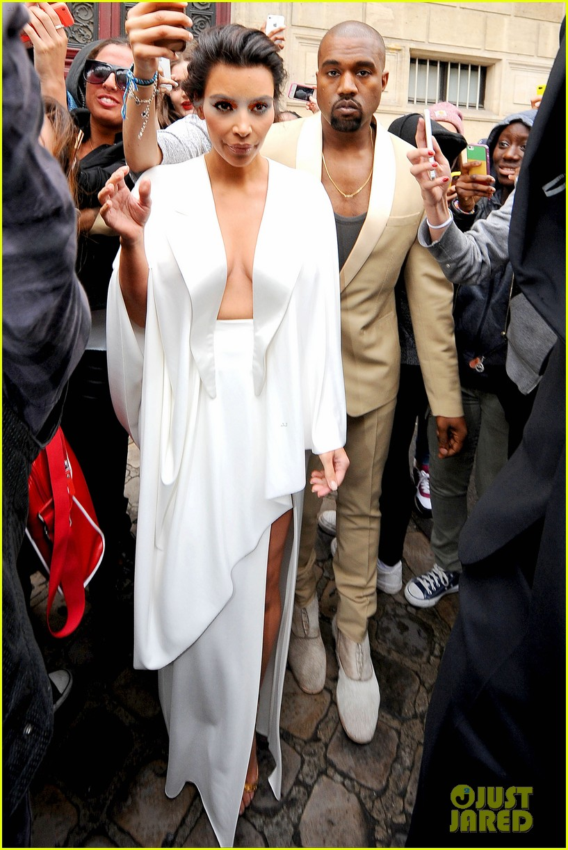 the brides in white kim kardashian wears super sexy dress 02
