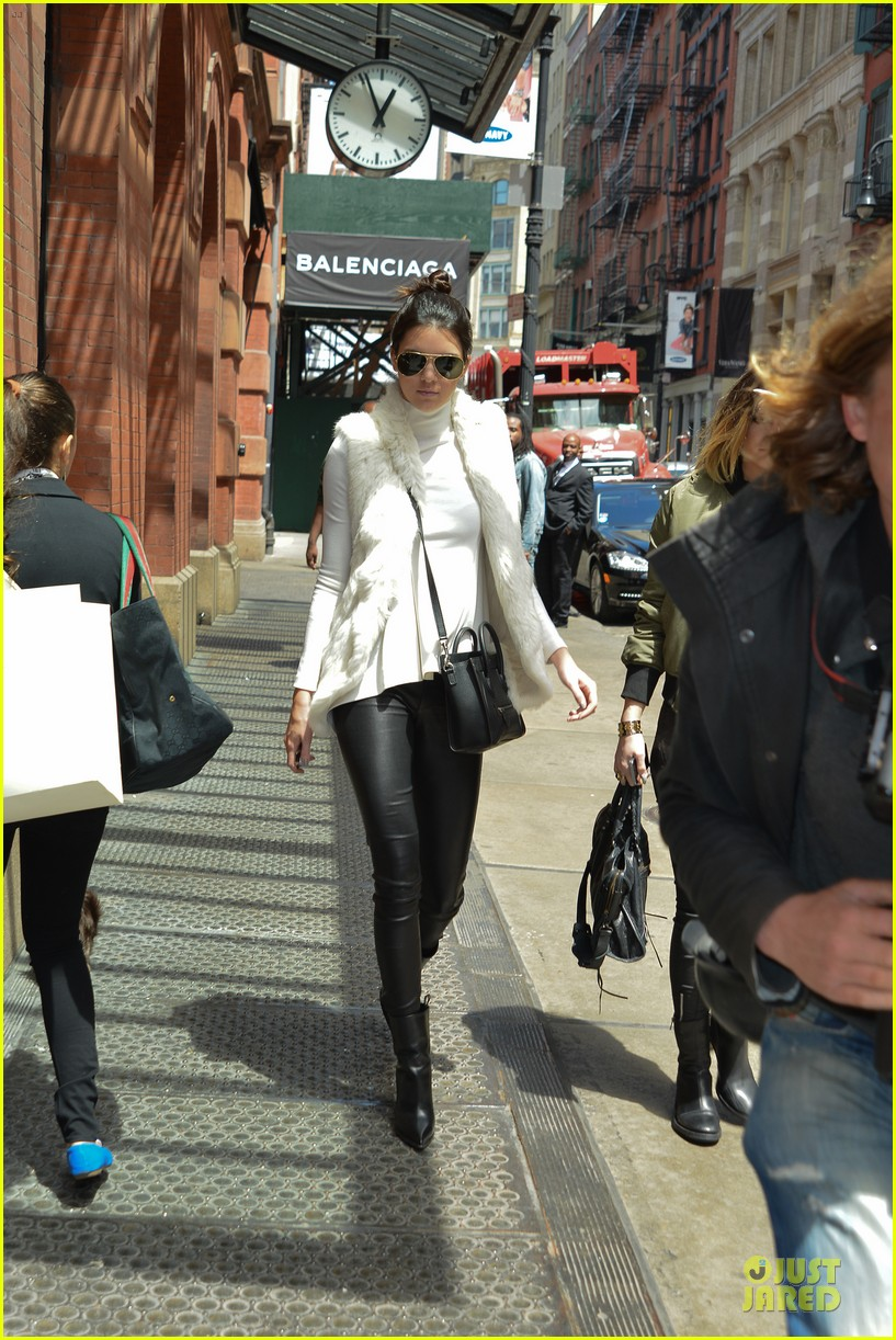 kendall kylie jenner boots in soho 03