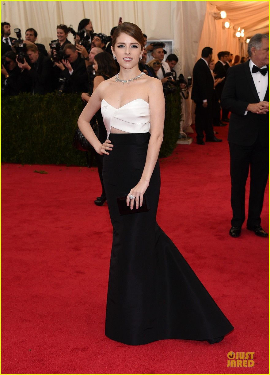 anna kendrick glamour at met ball 2014 05