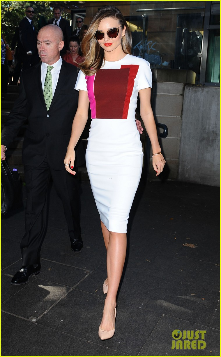 miranda kerr rocks two chic looks to promote her teaware 203114760