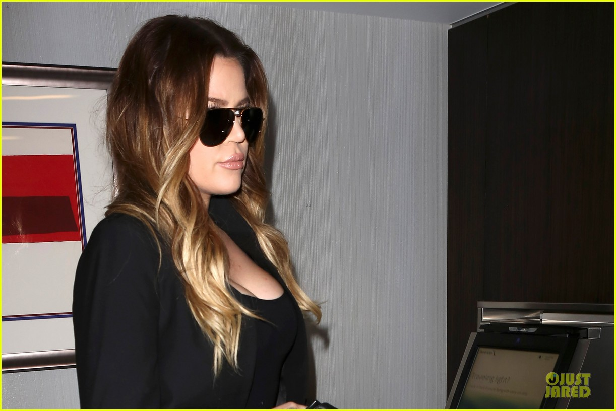 khloe kardashian uses gym as therapy 09
