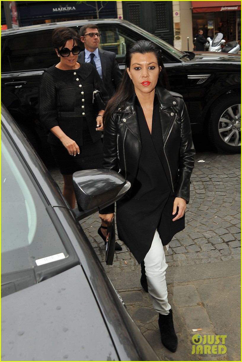 kim kardashian kanye west cover up their faces 243118114
