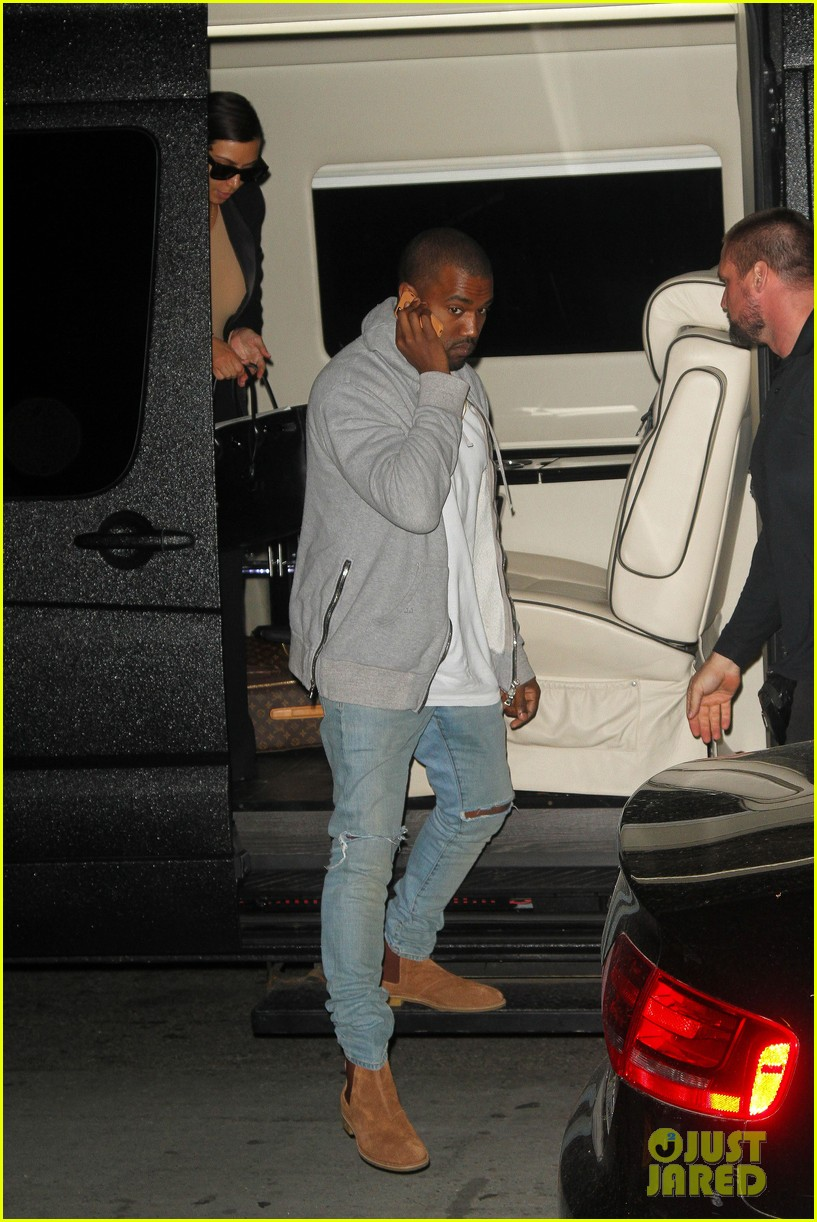 kim kardashian kanye west arrive in nyc after wedding rumors 033105338