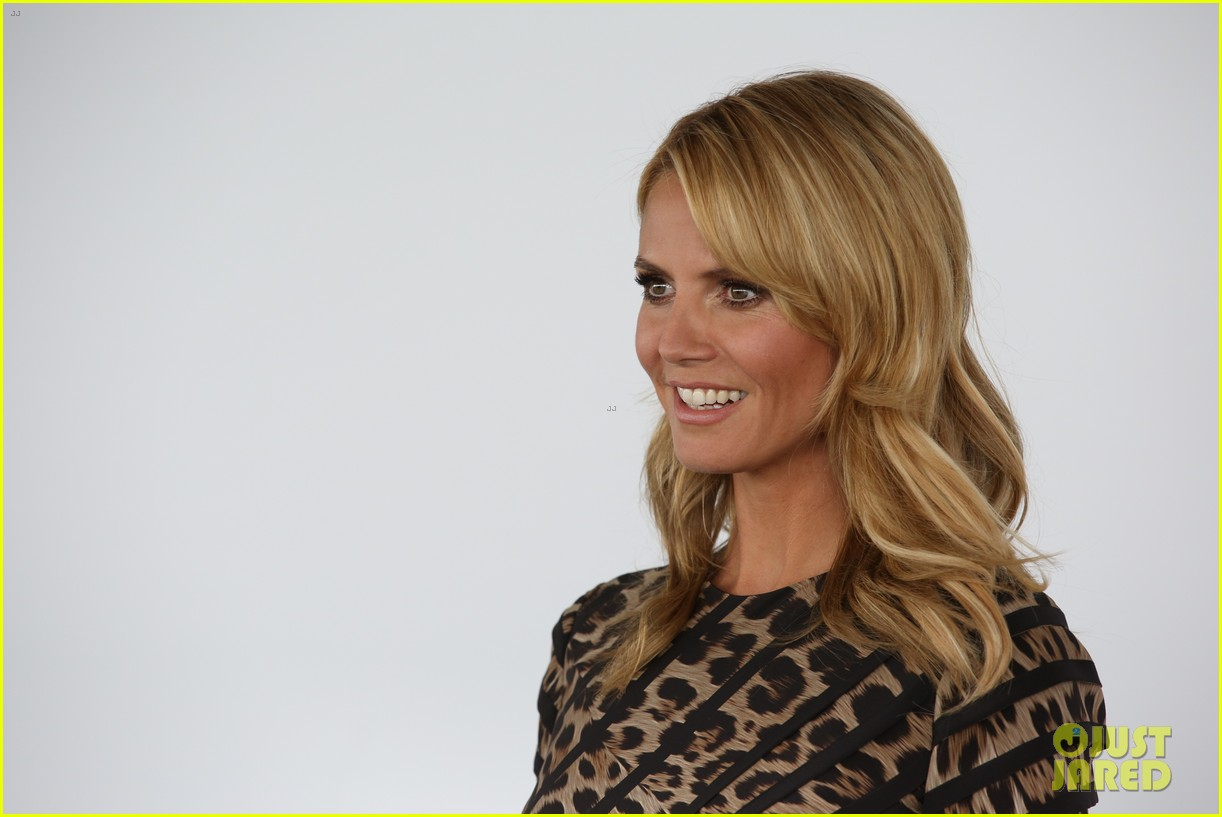 heidi klum attends germanys next topmodel photo call with top three finalists 07