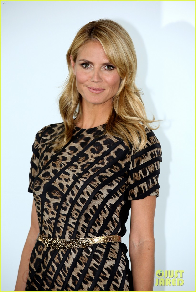 heidi klum attends germanys next topmodel photo call with top three finalists 093106771
