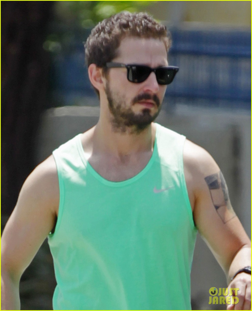 shia labeouf crazy head to toe green outfit 02