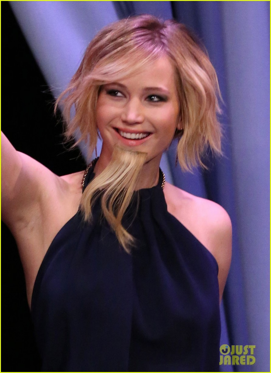 jennifer lawrence bearded lady fallon 04