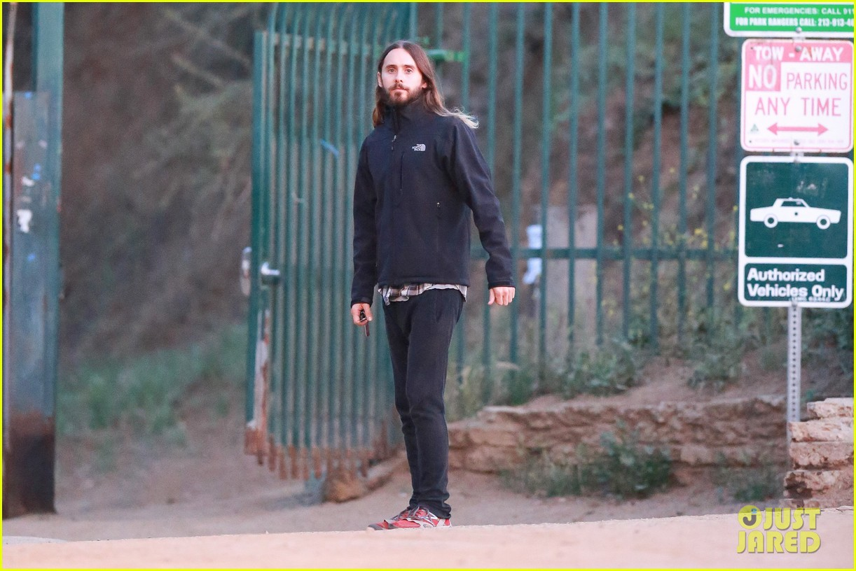 jared leto goes for a hike with a female companion 11