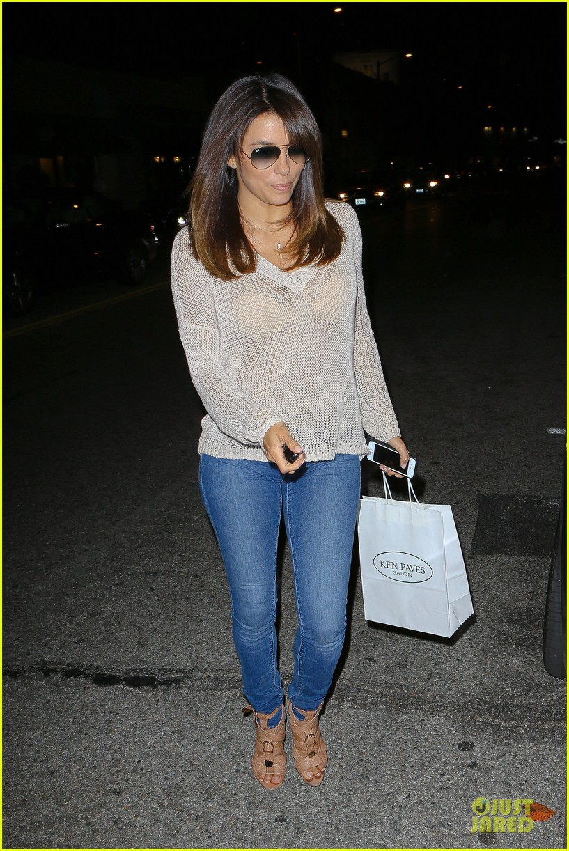 eva longoria flashes bra in see through top 093110689
