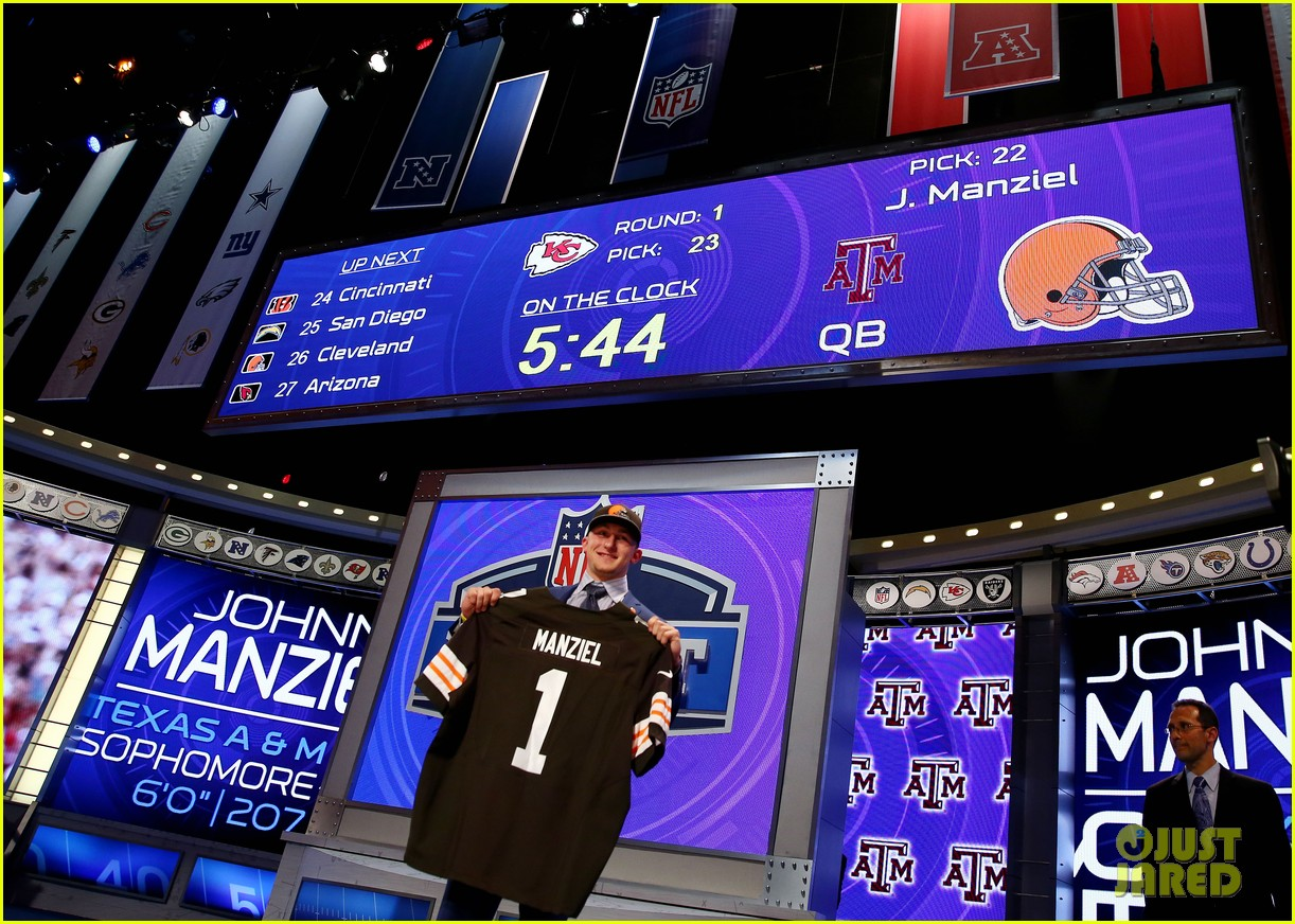 johnny manziel gets picked 22nd in nfl draft 05