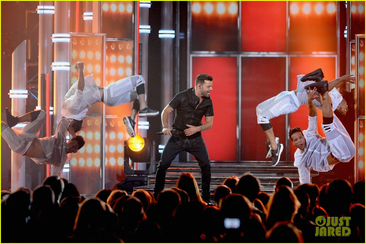 ricky martin vida billboard music awards 2014 07