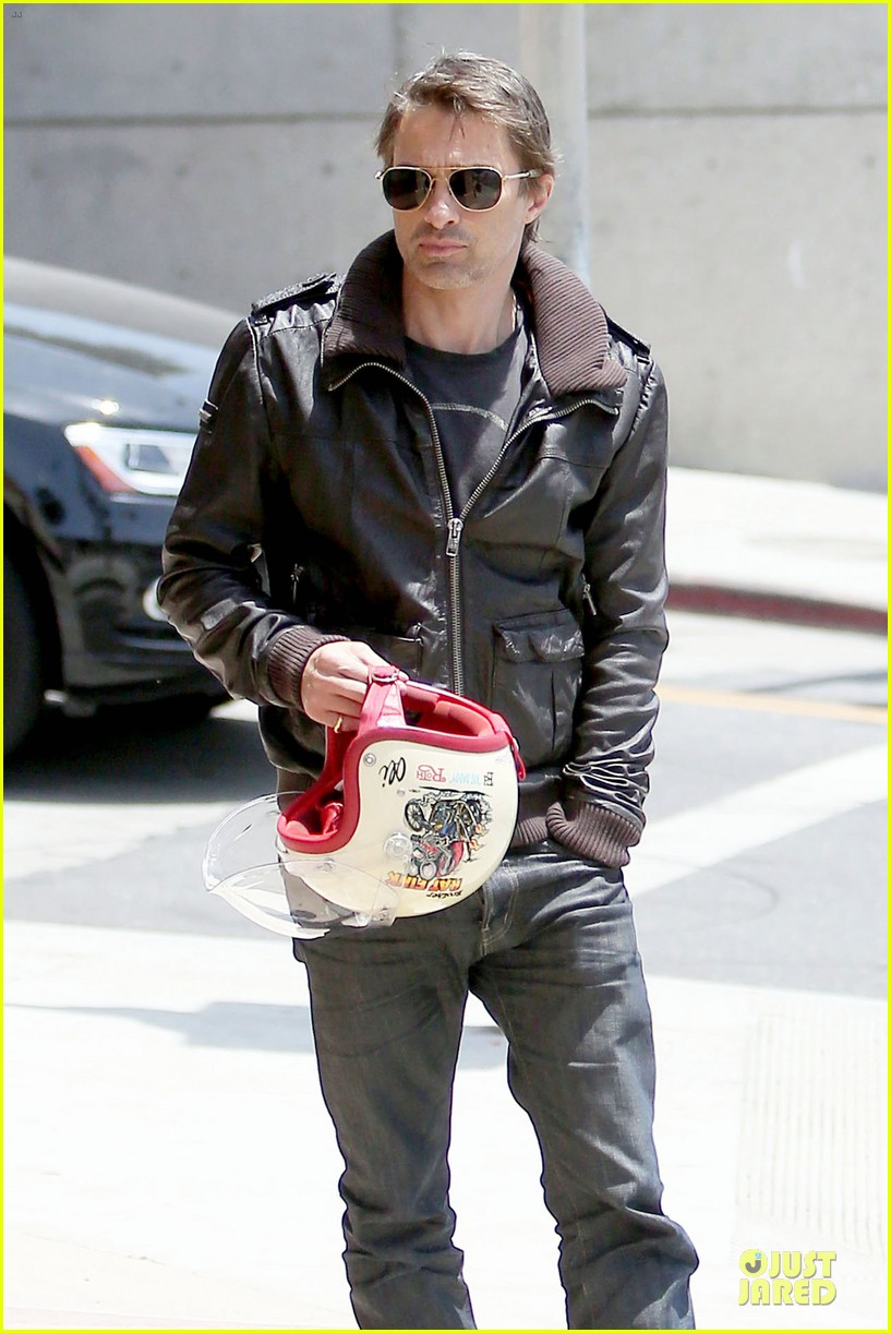 olivier martinez carrys motorcycle purse like a purse 183118678