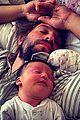 ben mckenzie meets logan marshall greens newborn baby 04