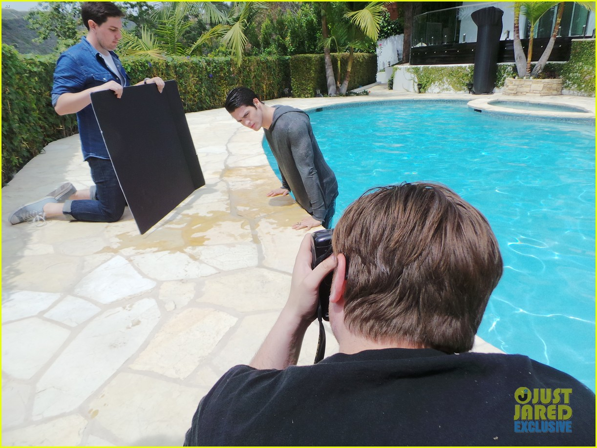 steven r mcqueen jj spotlight behind the scenes 02