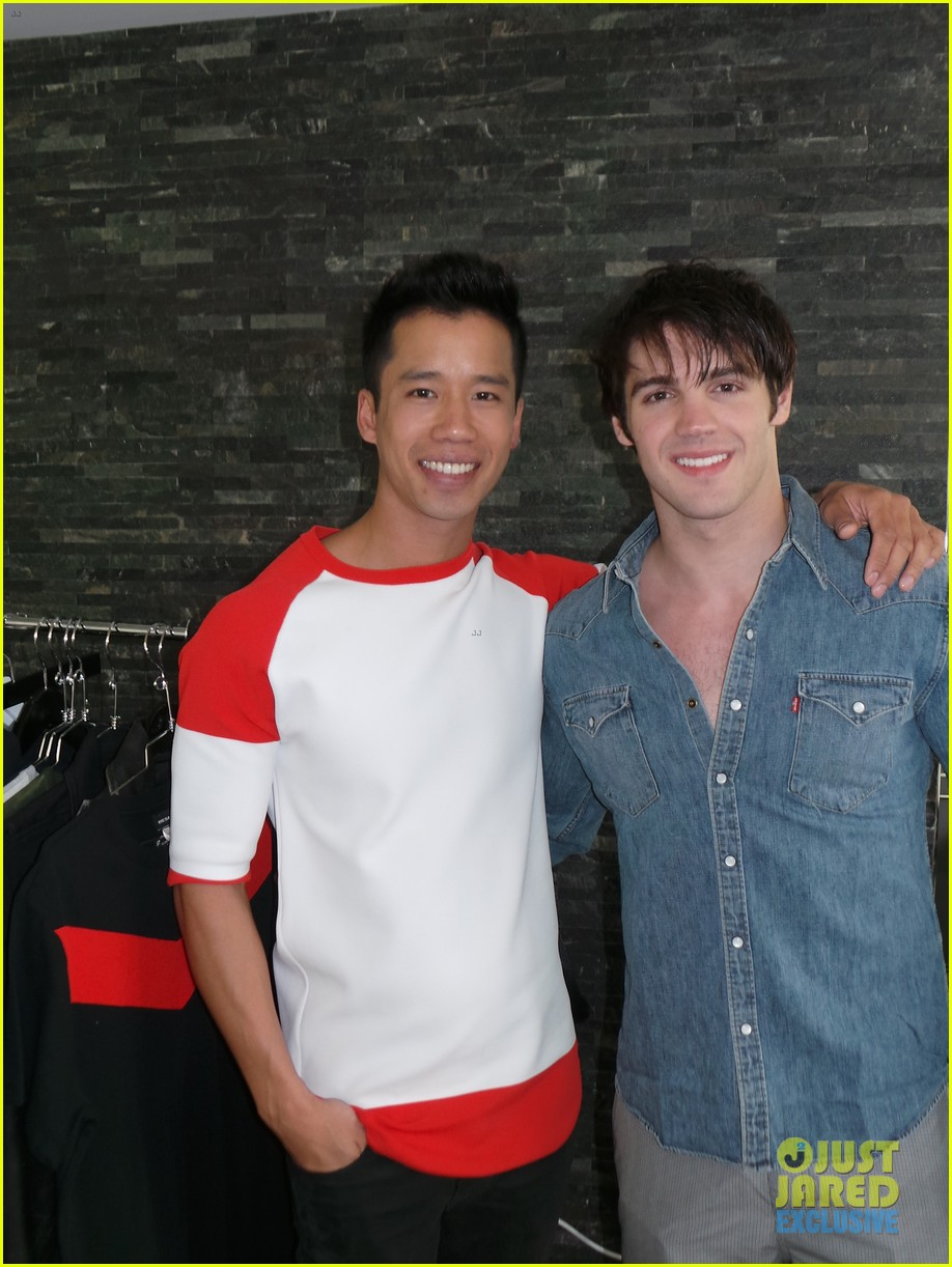 steven r mcqueen jj spotlight behind the scenes 15