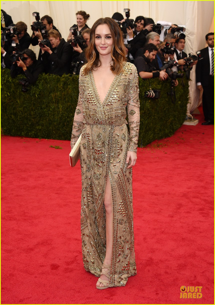 leighton meester golden met ball 2014 01