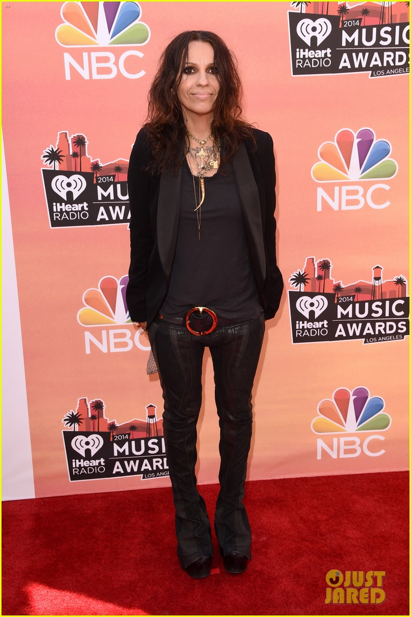 mel b linda perry iheartradio music awards 2014 053103301