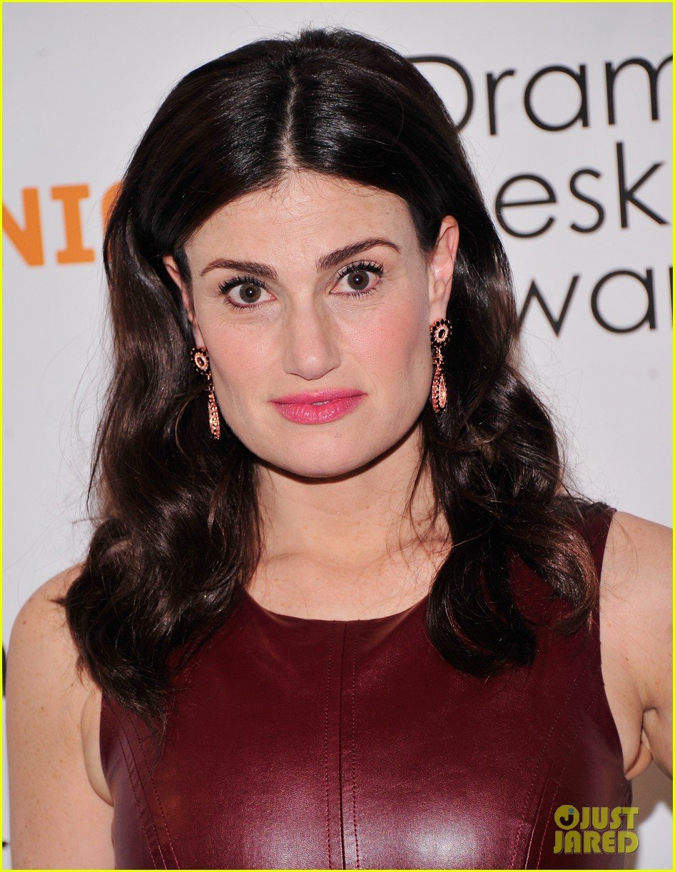 idina menzel will perform on late show tomorrow we couldnt be more excited 093107750
