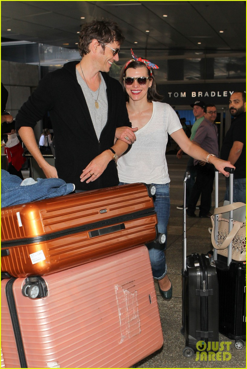 milla jovovich paul ws anderson look so in love 033123836