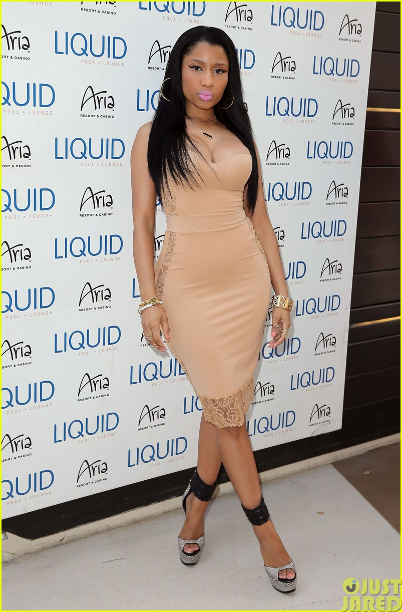 nicki minaj plays host at the liquid pool lounge053121614
