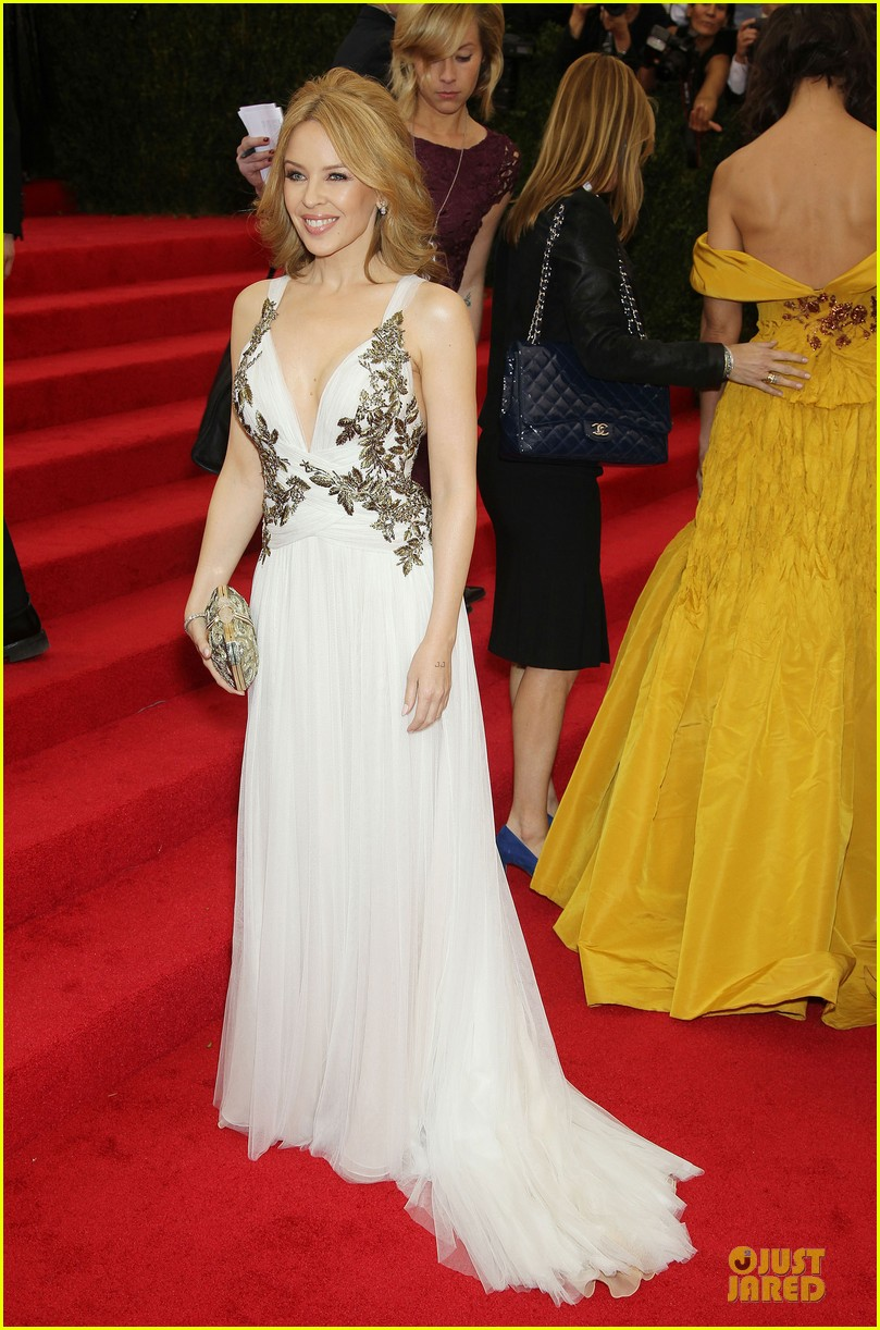 kylie minogue regal met ball 2014 013106684