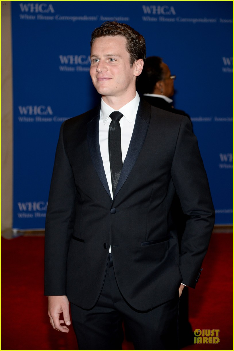 matthew morrison renee puente white house correspondents dinner 2014 07