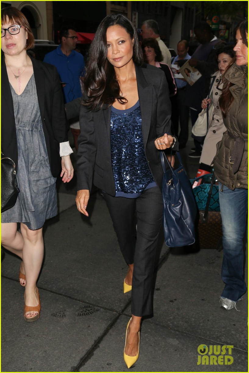 thandie newton talks giving birth at home 163119905