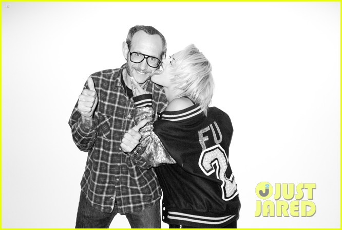 rita ora poses naked displays breasts for sexy terry richardson photo shoot 04