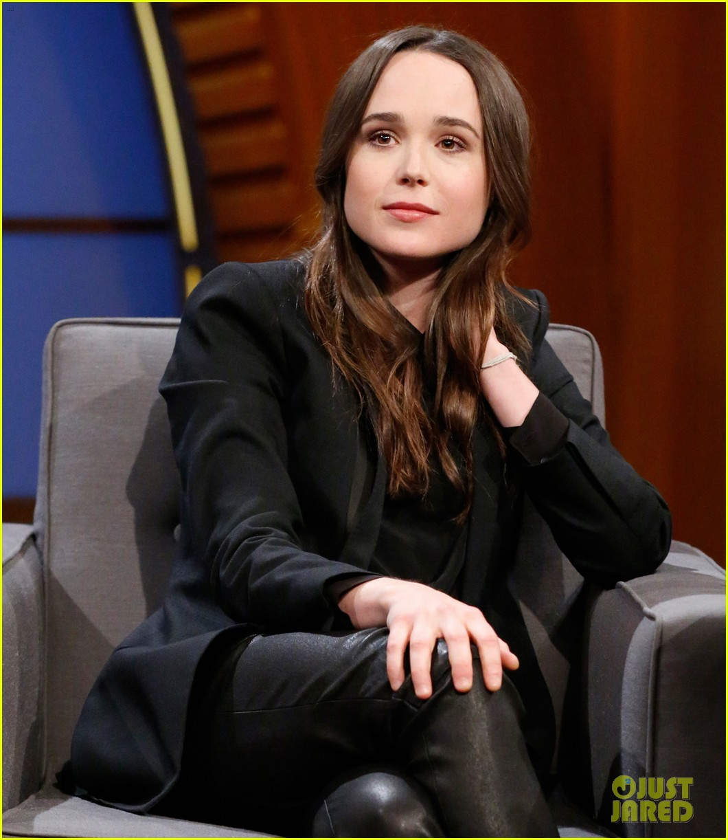 ellen page helps rename pets on late night with seth meyers 05