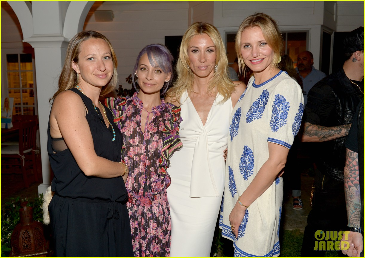 gwyneth paltrow cameron diaz show their support for vicky vlachonis 083114891