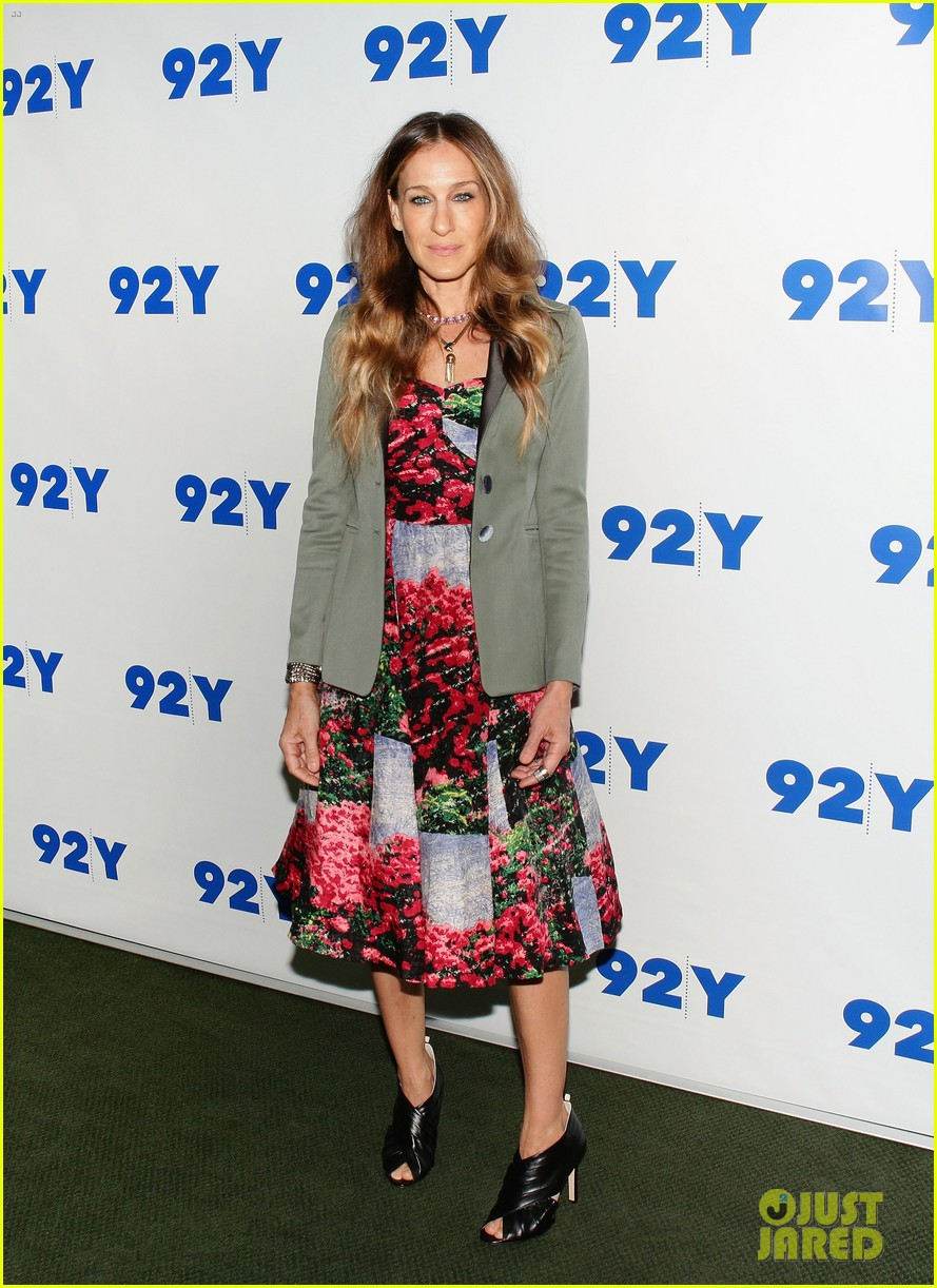 sarah jessica parker is spring ready for conversation with jonathan tisch 01