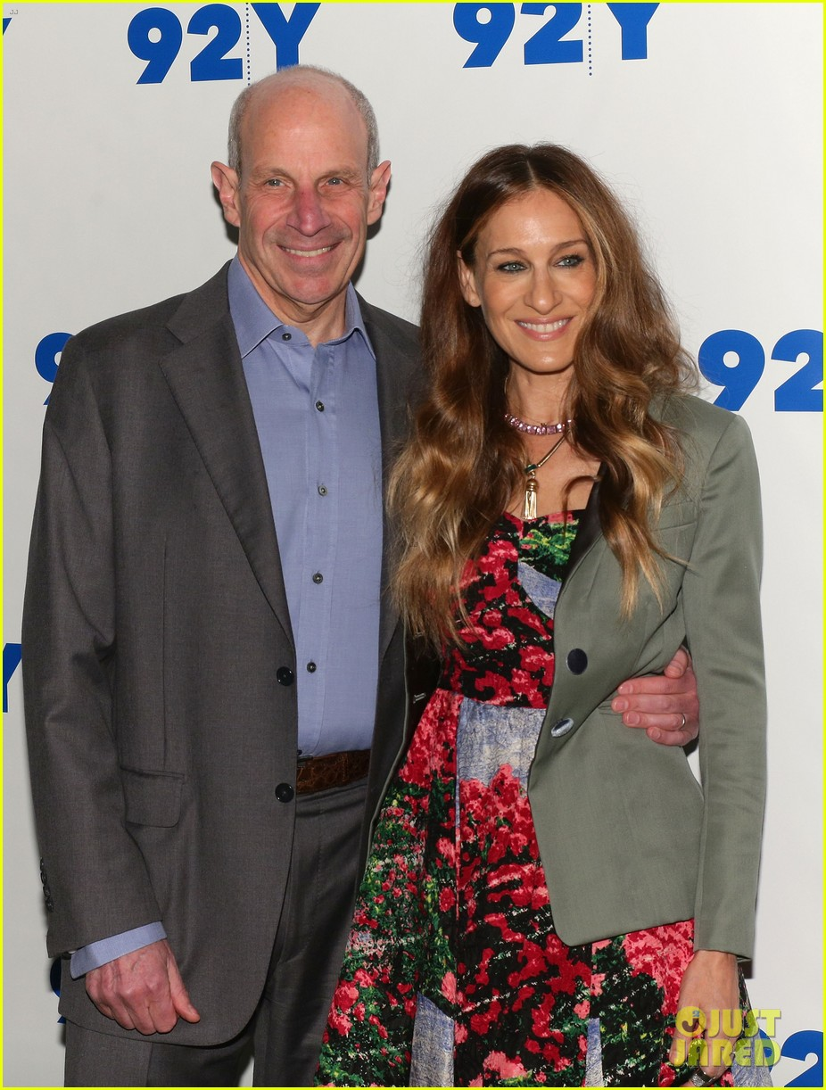 sarah jessica parker is spring ready for conversation with jonathan tisch 033114896