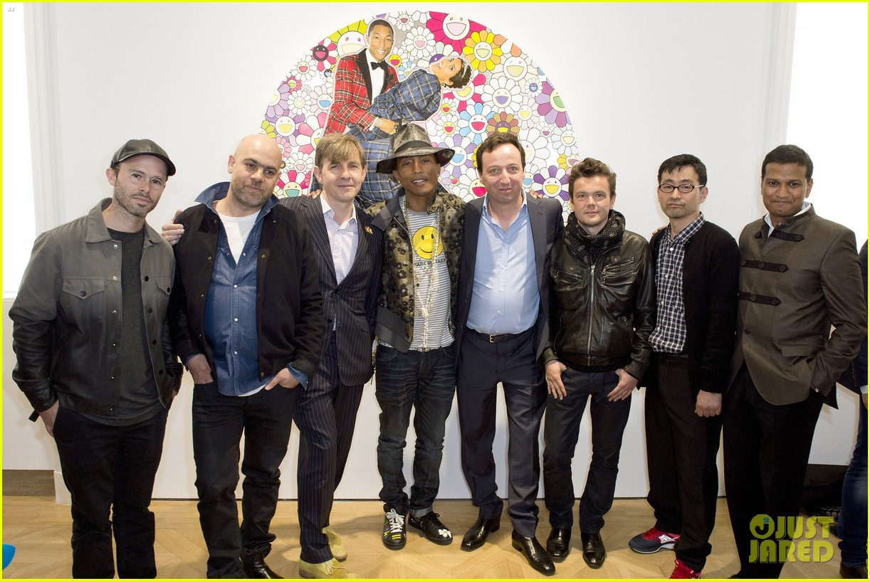 pharrell williams happy shirt paris art gallery opening 11