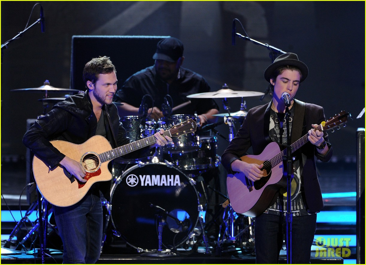 phillip phillips sam woolf american idol finale 073119349