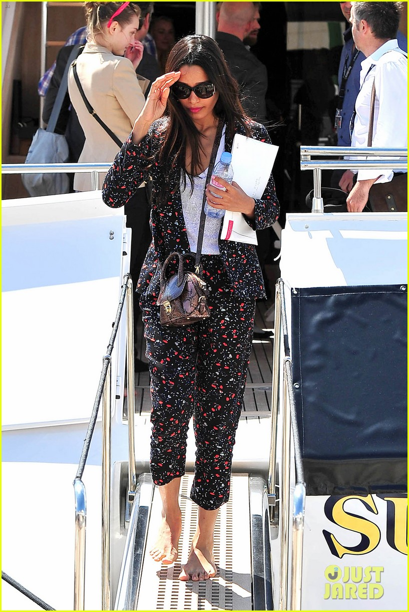 freida pinto zoe saldana dress chic for cannes sightings 113114338