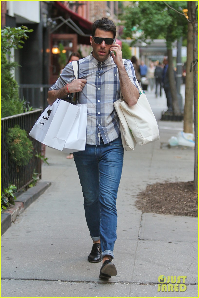 zachary quinto steps out after sharing sexy shirtless selfie 063119518