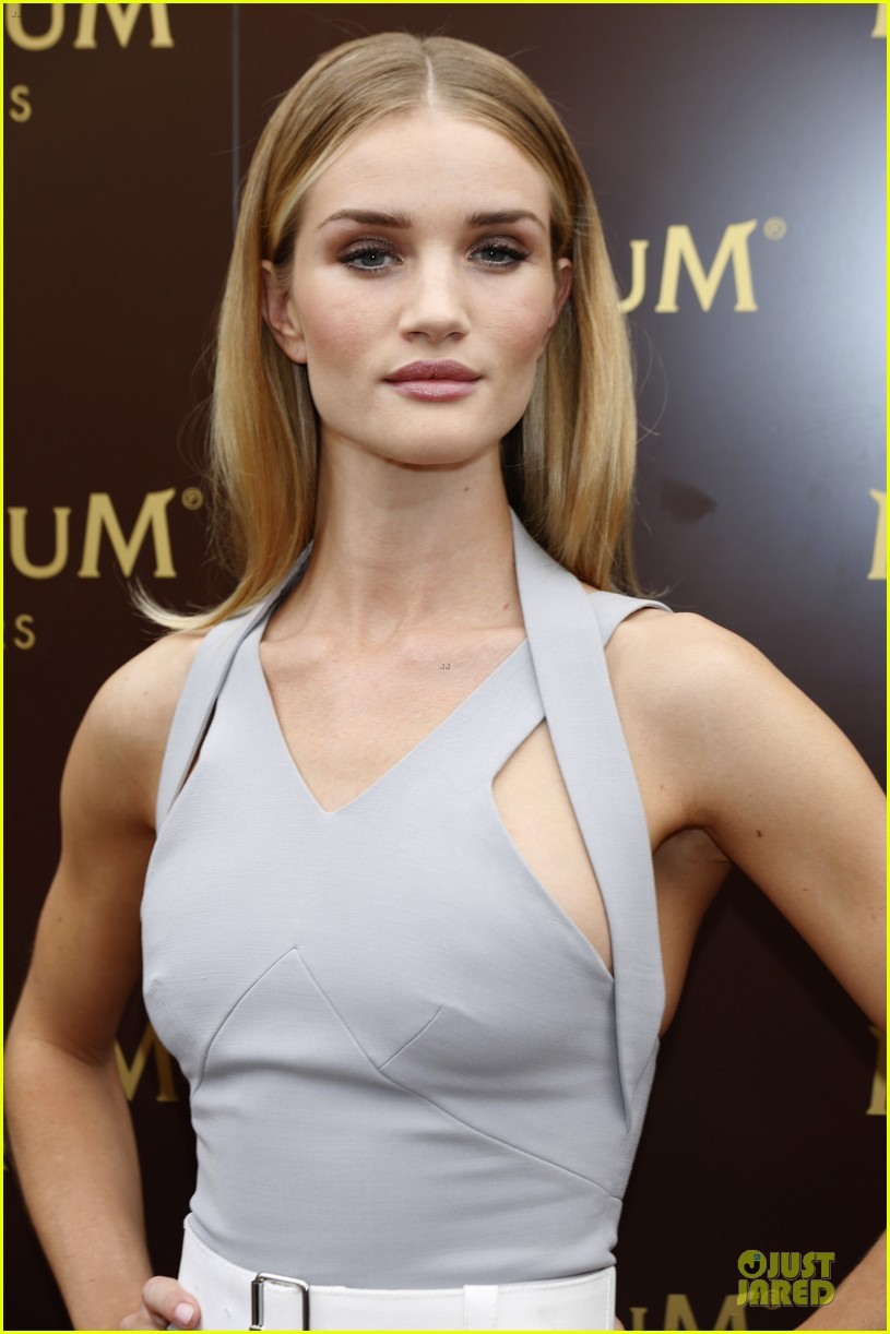 rosie huntington whiteley de grisogono cannes party 043118350