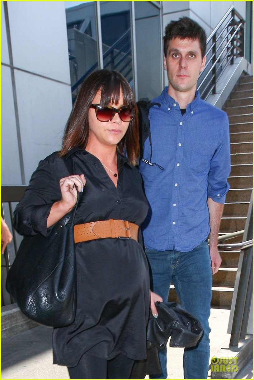 christina ricci is pregnant 08