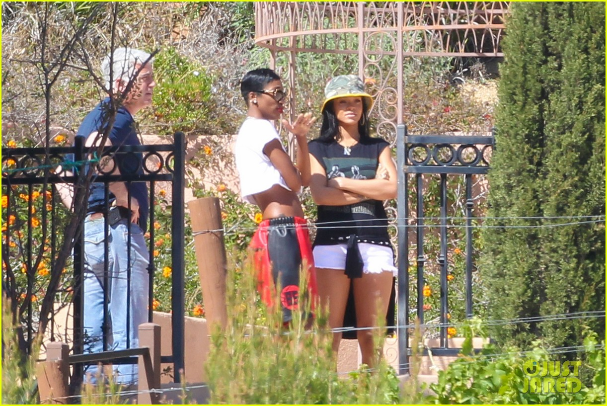 Rihanna House 2014 Www Pixshark Com Images Galleries