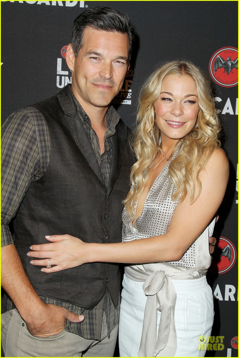 leann rimes eddie cibrian untameable couple in nyc 06