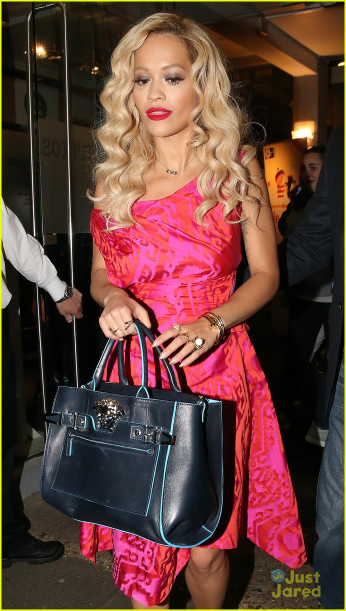 rita ora basket flowers pink dress 02